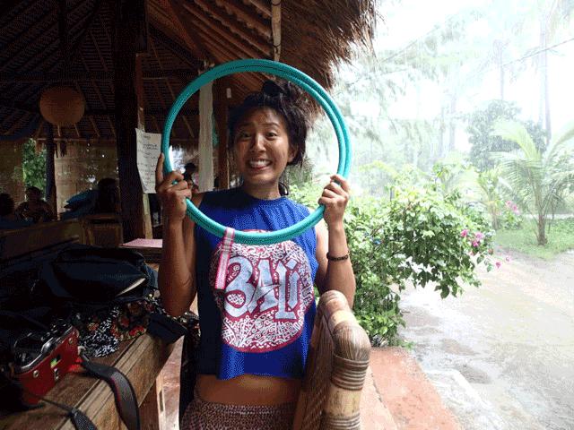 Bali_hooping_hoopen_hula