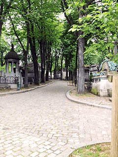 ohfamoos_Trauer_Pere-Lachaise-Cemetery_small
