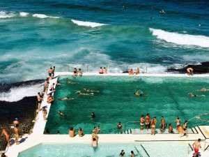 Gute-Laune-Tips_Fruehling_schwimmen