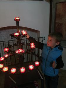 rituale_kirchliche-rituale_kerzen_tradition