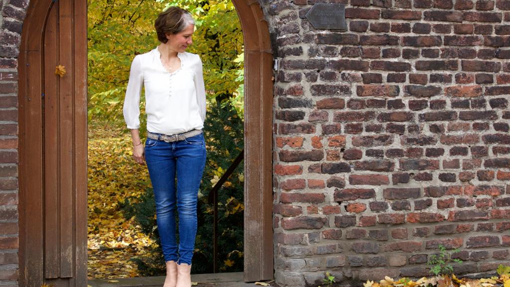 Katrin Mikolitch eröffnet Räume Intuition zu spüren
