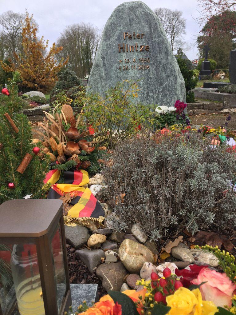 Grabstätte Politiker Peter Hintze