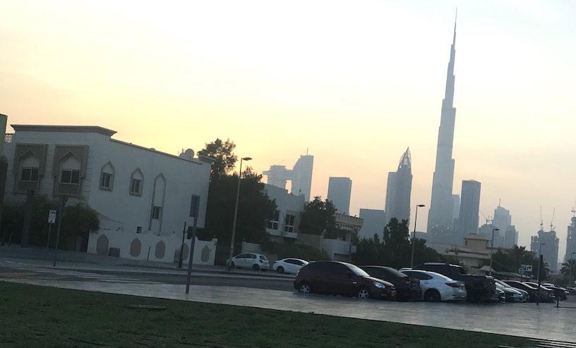 leere Straßen in Dubai
